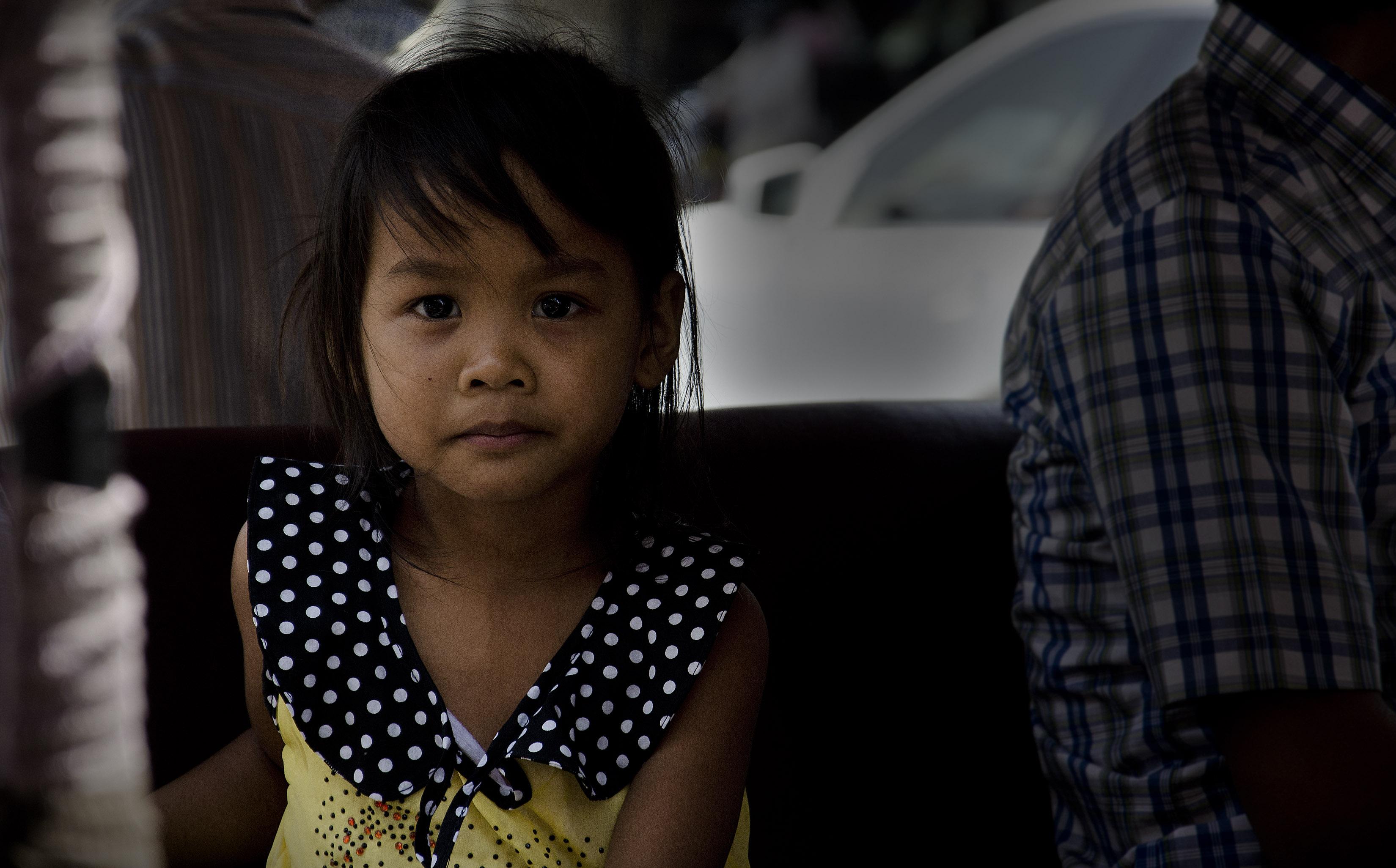 A pretty young girl in Phnom Penh, Cambodge