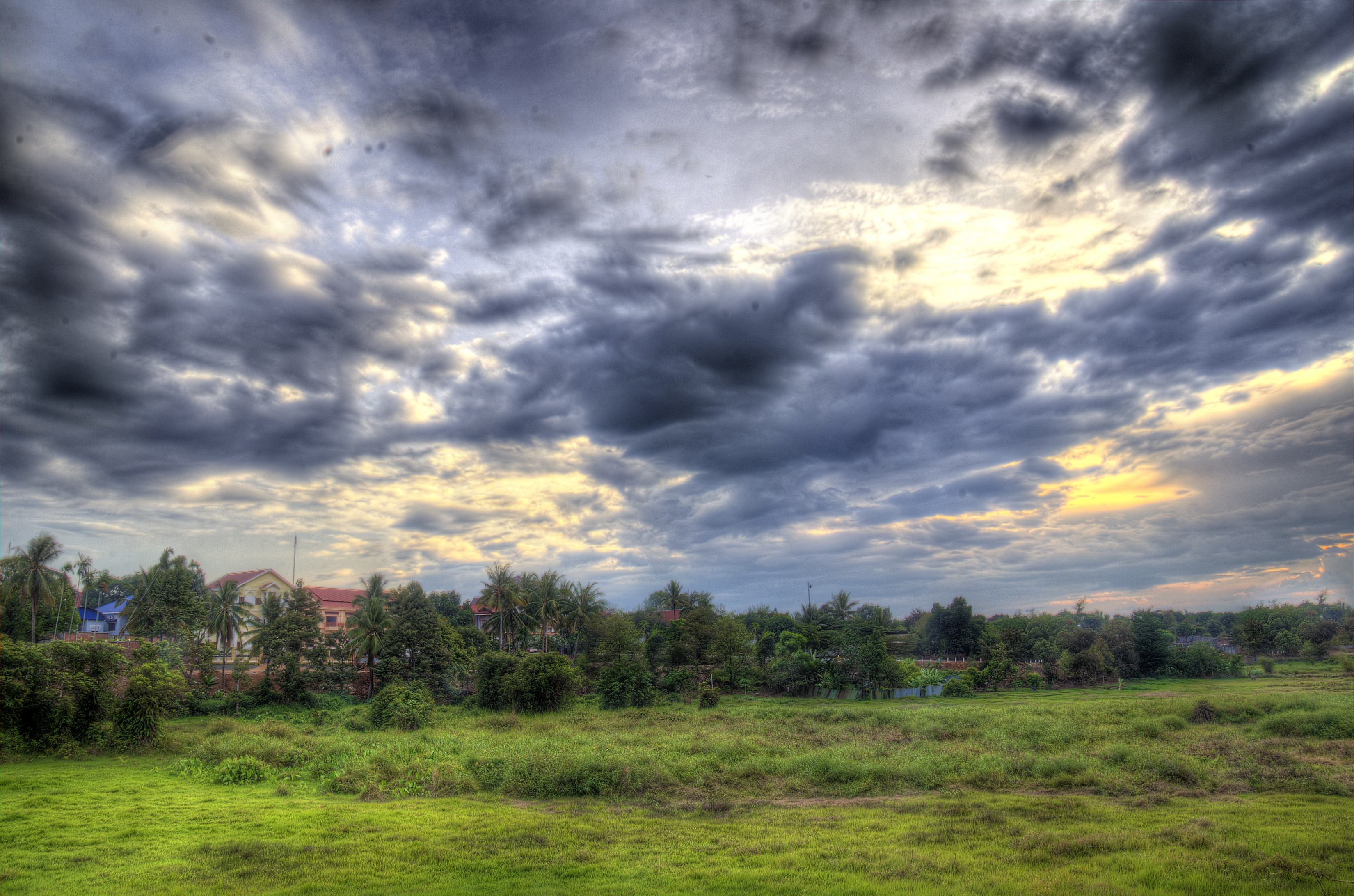evening clouds in Banlung