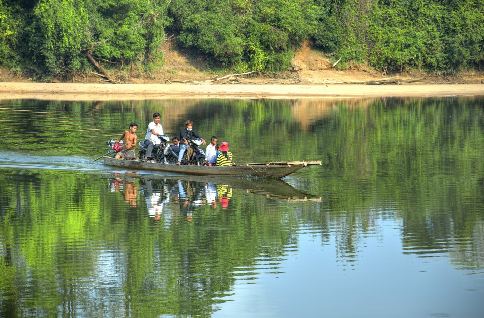 ferry across the sesan river